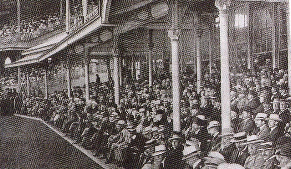 Male-only gathering in the Members' Pavilion 1901-02